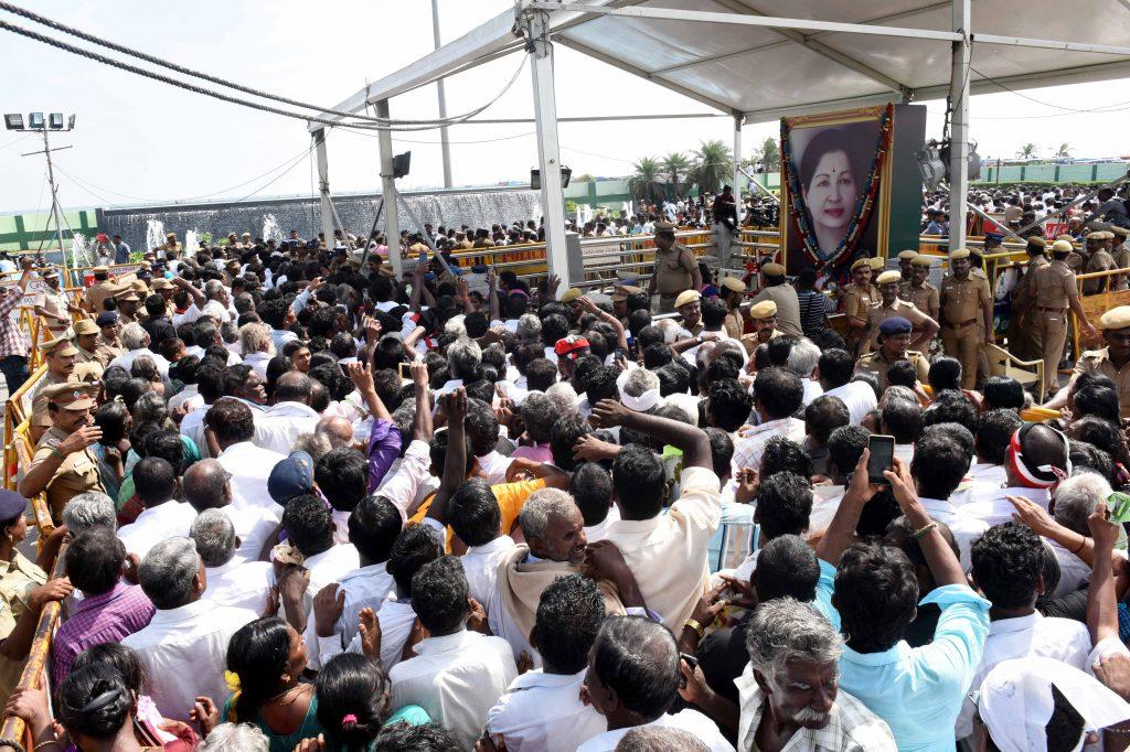 J Jeyalalitha 2nd Death Anniversary, Jeyalalitha Death Photos, ஜெயலலிதா 2-வது நினைவு தினம், ஜெயலலிதா நினைவு புகைப்படங்கள்
