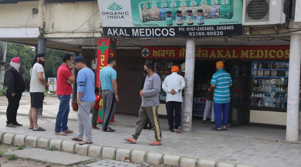 Coronavirus outbreak India's 21 day lockdown 1st day photo gallery