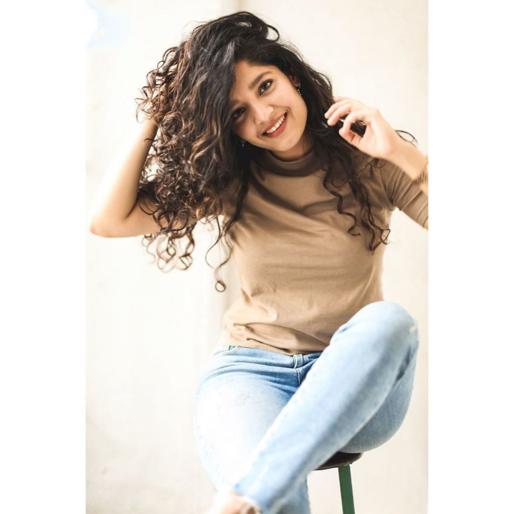 Ritika Singh, Celebrities photo gallery