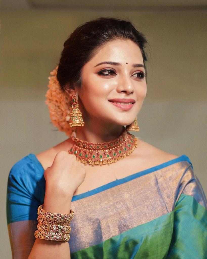 Tamil cinema celebrities latest images, Aathmika