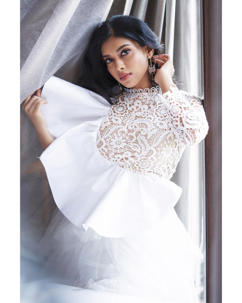 Tamil celebrities images, Dushara Vijayan